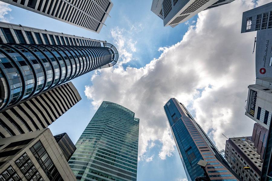 上場企業 仮想通貨技術を「将来的に活用」、前向きは34%