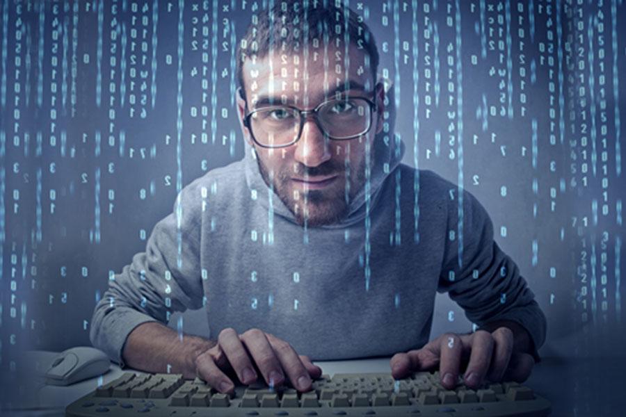 サイバー攻撃、仮想通貨の普及と高騰でスマホが狙われてると専門家が警告