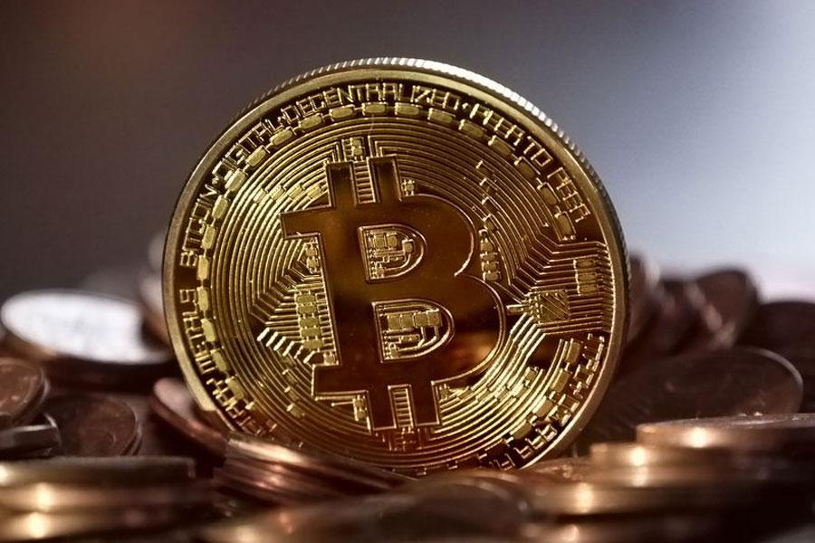 【仮想通貨】一時は年初来安値をつけたビットコイン、上昇に転じる