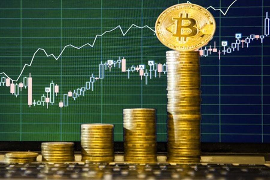 ビットコイン高騰で投資家達も一安心。ビットコイン終わったとはなんだったのか・・・